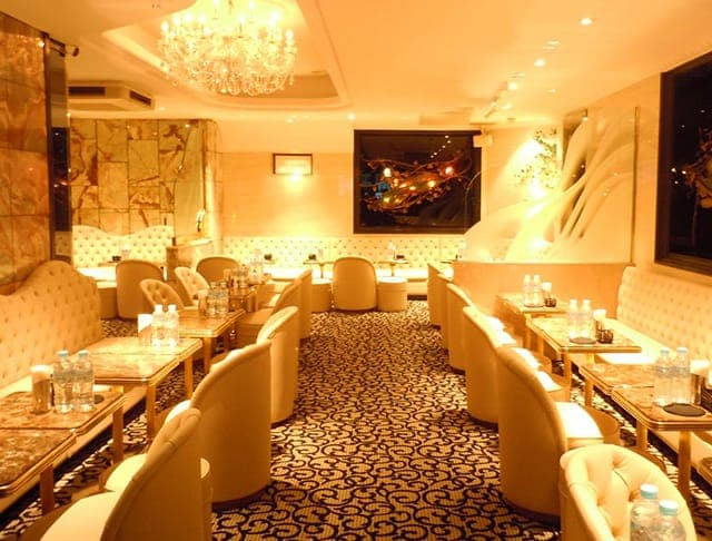 Club Lucente(クラブ ルシェンテ )で贅沢な夜を!